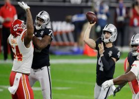 Derek Carr's patience pays off on 29-yard toss to Nelson Agholor