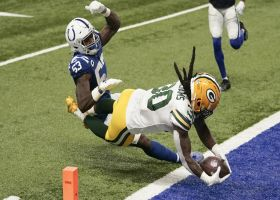 Aaron Rodgers finds Jamaal Williams in the flat for TD before half