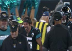 Jaguars fans bow down to Gardner Minshew after fourth-quarter TD toss