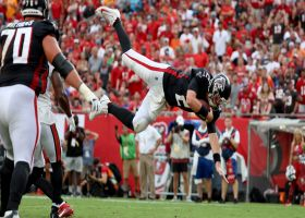 Matt Ryan goes 'AIRBORNE' with leaping two-point run on zone-read