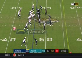Keenan Allen beats A.J. Bouye for contested first-down catch