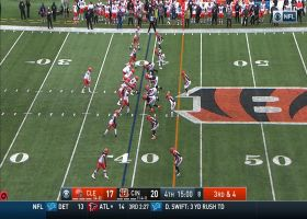 Mayfield keeps Browns drive alive with 21-yard throw for crucial third down pickup