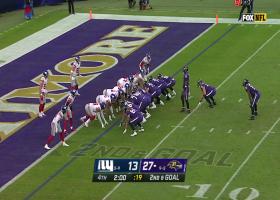Giants get key goal-line turnover after Ravens mishandle the exchange