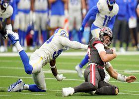 Leonard Floyd takes down Brady for late-game sack