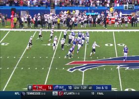 Jamie Collins makes easy interception to seal win for Patriots