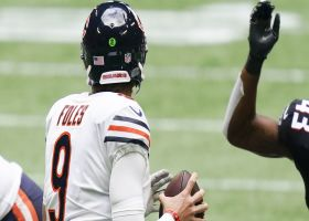 Nick Foles lofts 28-yard TD to Anthony Miller to give Bears late lead