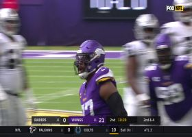 Everson Griffen breezes by Raiders' O-line for sack