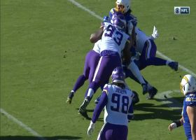 Vikings' D recovers after Gordon loses field-flipping fumble