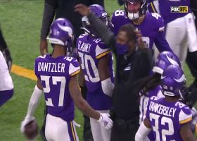 Dantzler denies Bears points with dazzling end-zone INT
