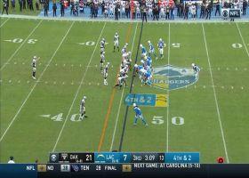 Hurdle alert! Melvin Gordon takes flight on 10-yard fourth down rush