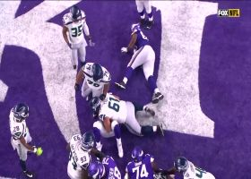 Blasingame blasts into the end zone for Vikings TD