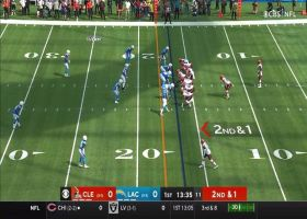 Nick Chubb finds wealth of open space on 20-yard burst