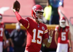Penalty negates Mahomes' would-be TD bomb to Hill