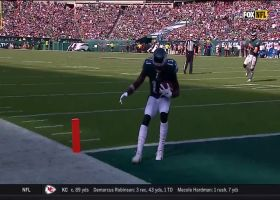 Wentz tosses TD to wide-open Agholor to get Eagles within three