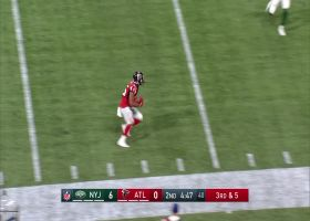 Matt Ryan shows impeccable touch on 28-yard lob to Ito Smith