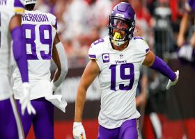 Cousins finds Thielen for open TD after CB in coverage falls down