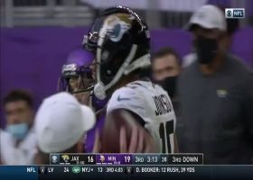Collin Johnson makes mesmerizing one-handed catch
