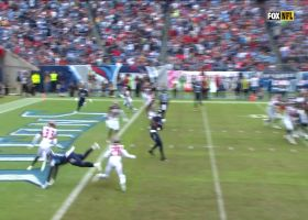 Ryan Tannehill hits Jonnu Smith underneath for early TD