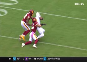 Winston outraces Holcomb to the first-down marker late in first half
