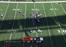 Cordarrelle Patterson turns screen into explosive 28-yard gain