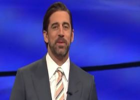 Warner reacts to Rodgers' idea of hosting 'Jeopardy!' while playing QB