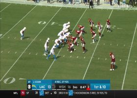 Austin Ekeler can hardly be contained on bulldozing rush