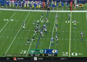 Darnold picks apart Rams' zone on 22-yard sideline dime to Herndon