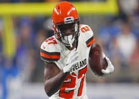 Mayfield stays calm under pressure on 27-yard pass to Dayes