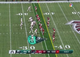 Nelson Agholor gets UP for 16-yard catch in open space