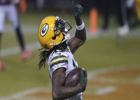 Aaron Rodgers' fourth TD toss is to Davante Adams on the slant