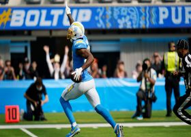 Mike Williams left all alone to grab 42-yard TD bomb from Herbert