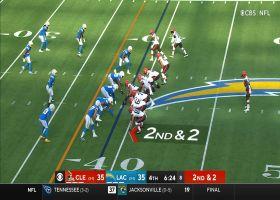 Nick Chubb bursts through hole for 24-yard sprint