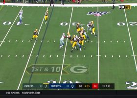 Aaron Rodgers flips pass to Carson with LEFT hand