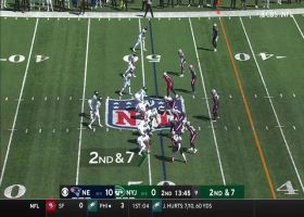 Elijah Moore finds plenty of room in Pats' secondary for 27-yard grab