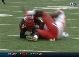 Auden Tate snags diving grab at first down marker