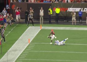 Garrett Gilbert hits Dontrell Hilliard for first TD of the game