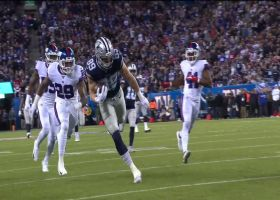 Dak's off-schedule throw to Jarwin ends in 42-yard catch-and-run TD