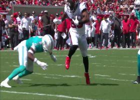 Giovani Bernard gets airborne to cap 3-yard TD reception