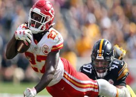 Steelers' defense mobs Kareem Hunt for safety