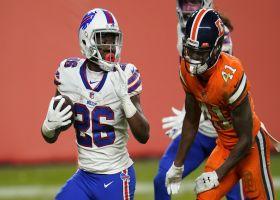 Singletary speeds through Broncos' secondary on winding 51-YARD TD