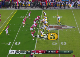 Can't-Miss Play: Rodgers channels Mahomes with 34-yard cross-body throw to diving Kumerow