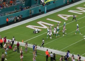 Kenjon Barner breaks free for 37 yards after catch