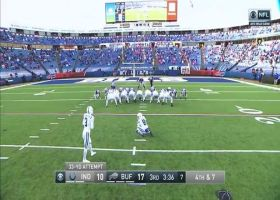 Blankenship's FG try is no good after banging off upright
