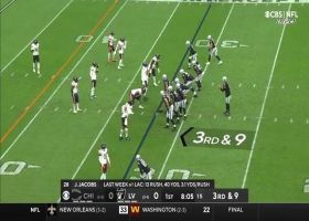 Waller keeps chains moving with 29-yard catch and run