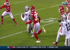 Josh Jacobs bounces outside for 35-yard burst