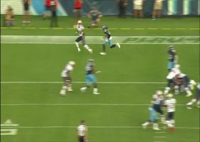 Jakobi Myers hauls in Pats' two-point pass in the back of end zone