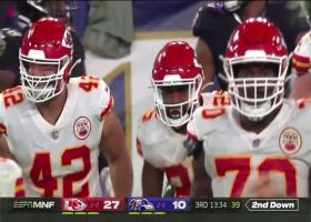 Mahomes is third player to touch the ball on wacky trick-play pass
