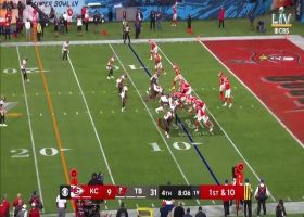 Mahomes steps up, rips 33-yard laser to Kelce from his own end zone