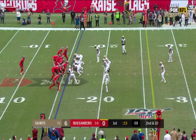 Can't-Miss Play: Davis delivers INT after Bucs' bizarre behind-the-back bobble