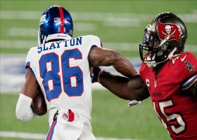 Slayton saves Giants' drive with shifty fourth-down catch and run